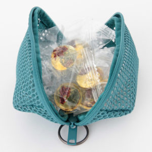 muji cube mesh pouch3