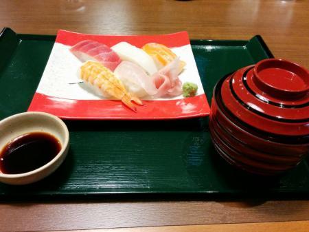 竜泉寺の湯 お寿司