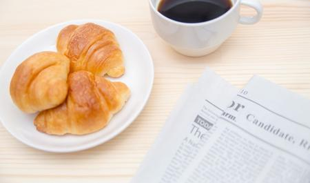 パンとコーヒーの粉で消臭